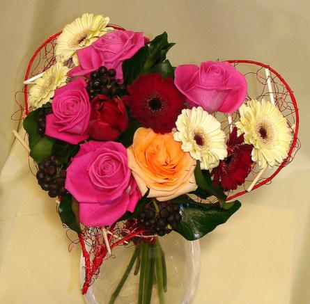 Virágposta - Rózsás virágszív
