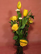 Virágposta - Sárga rózsák és tulipánok!