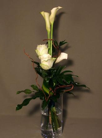 Virágposta - Fehér rózsák, fehér kálák