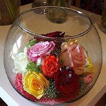 Virágposta - Színpompás rózsagömb