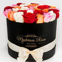 Virágposta - Rózsák Mysterious hengerdobozban, 40 szál