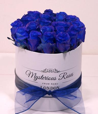 Virágposta - Mysterious Blue! - Kék rózsák dobozban