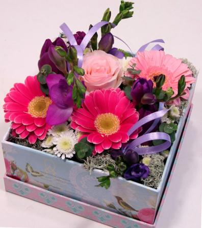 Virágposta - Tavaszi Virágdoboz