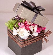 Virágposta - Kincses virágbox tavaszi hangulatban - Work