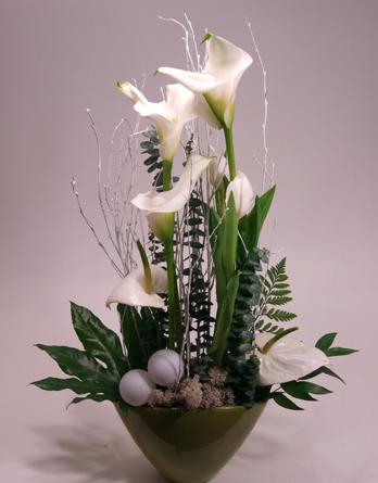 Virágposta - Hófehér kálák - ünnepi virágtál