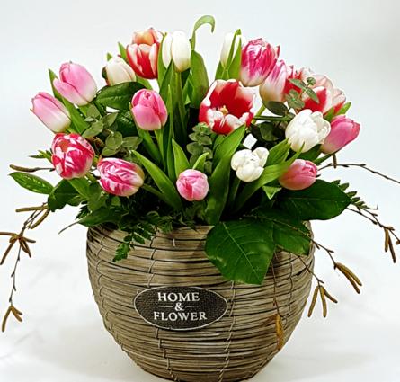 Virágposta - Modern virágkosár rózsaszín tulipánokkal