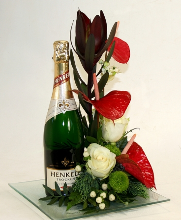 Virágposta - Henkell pezsgő üvegtálon